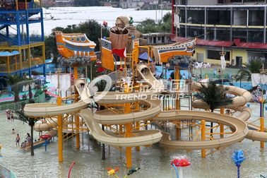 China Exciting family water park in giantic waterhouse with different style waterslide / Fiberglass water slides factory