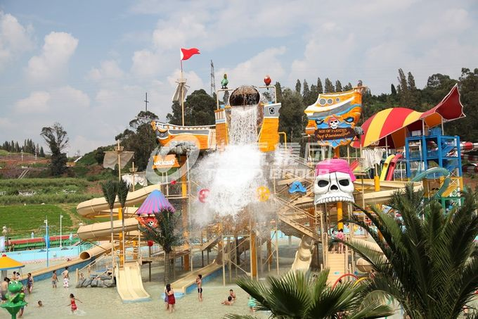 Safety Dynamic Water World Customized Water Park Project / Theme Aqua Park