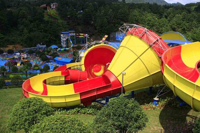 Ashland / DSM Resin Fiberglass Water Slide Tantrum Valley Water Park Rides 16m